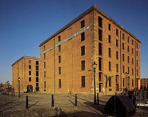 300px-Merseyside_Maritime_Museum,_Albert_Dock,_Liverpool_-_geograph.org.uk_-_633029